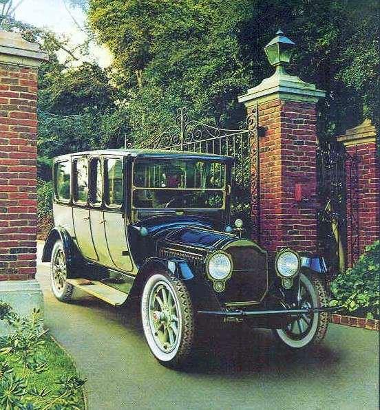 1917 PACKARD TWIN-SIX LIMOUSINE
