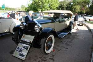 1928 Custom Eight Phaeton.jpg