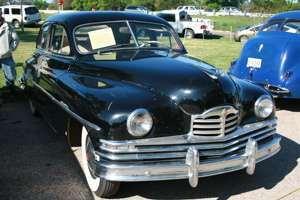 1950 Deluxe Eight Touring Sedan.jpg
