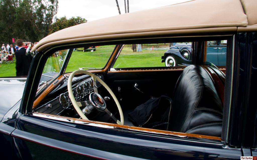 1938 Packard Twelve Touring Cabriolet by Brunn - Model & Chassis 1607 & 8 - navy blue with khaki top