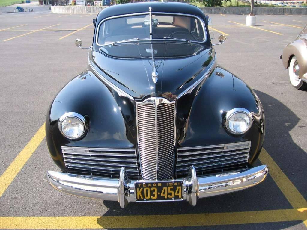 1941 Packard Clipper (front)