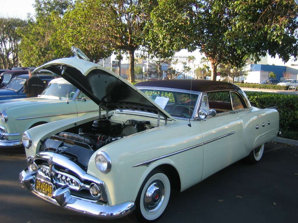1952 Mayfair Hardtop Coupe (Model 2577)