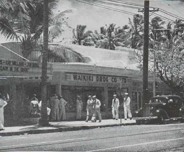 Waikiki_Packard_Streer