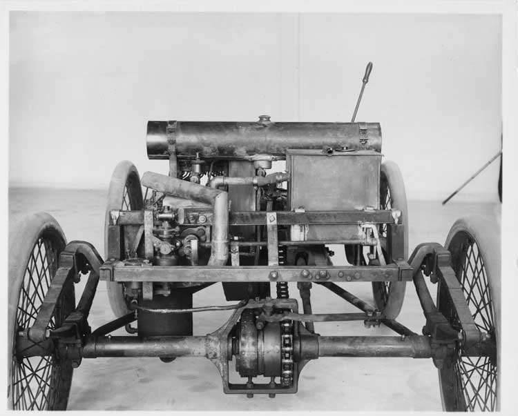 Chassis of 1899 Packard Model A