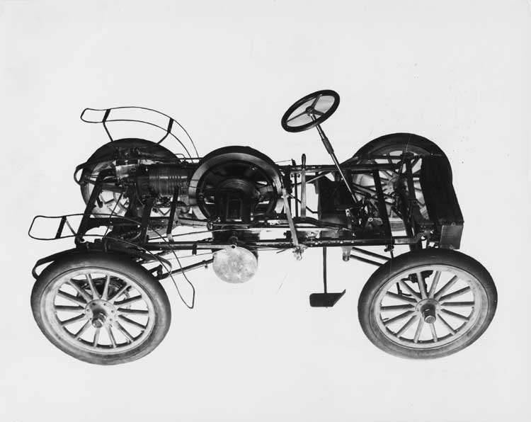 1902 Packard Model F bare chassis