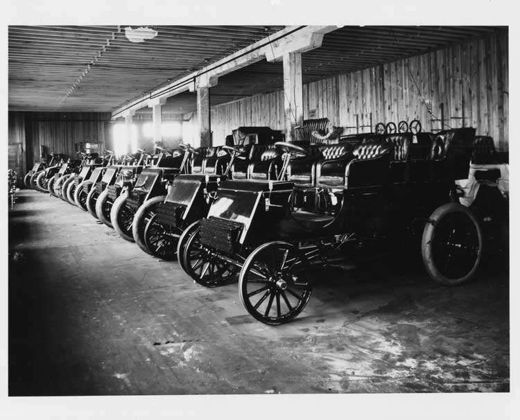 1902 Packard F models in factory