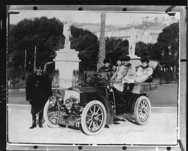 1904 Packard Model L with Hamilton Carhartt family in Naples, 1904