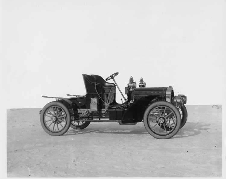 1905 Packard Model N roadster