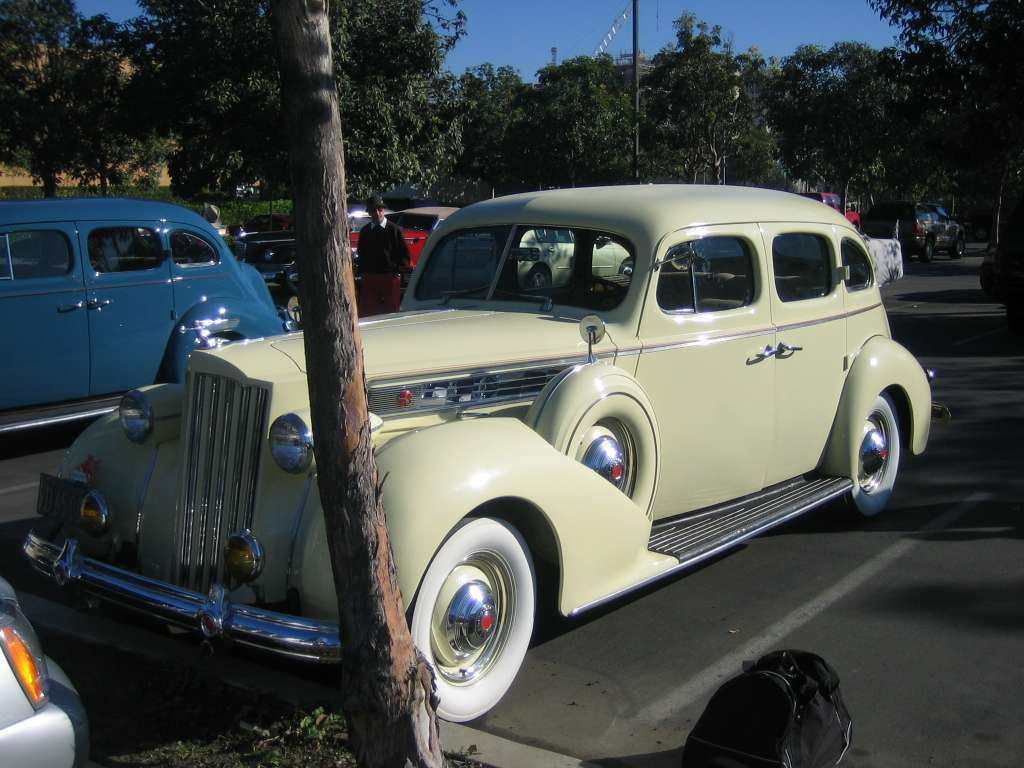 1939 Super Eight Touring Sedan 1703 Body 1272