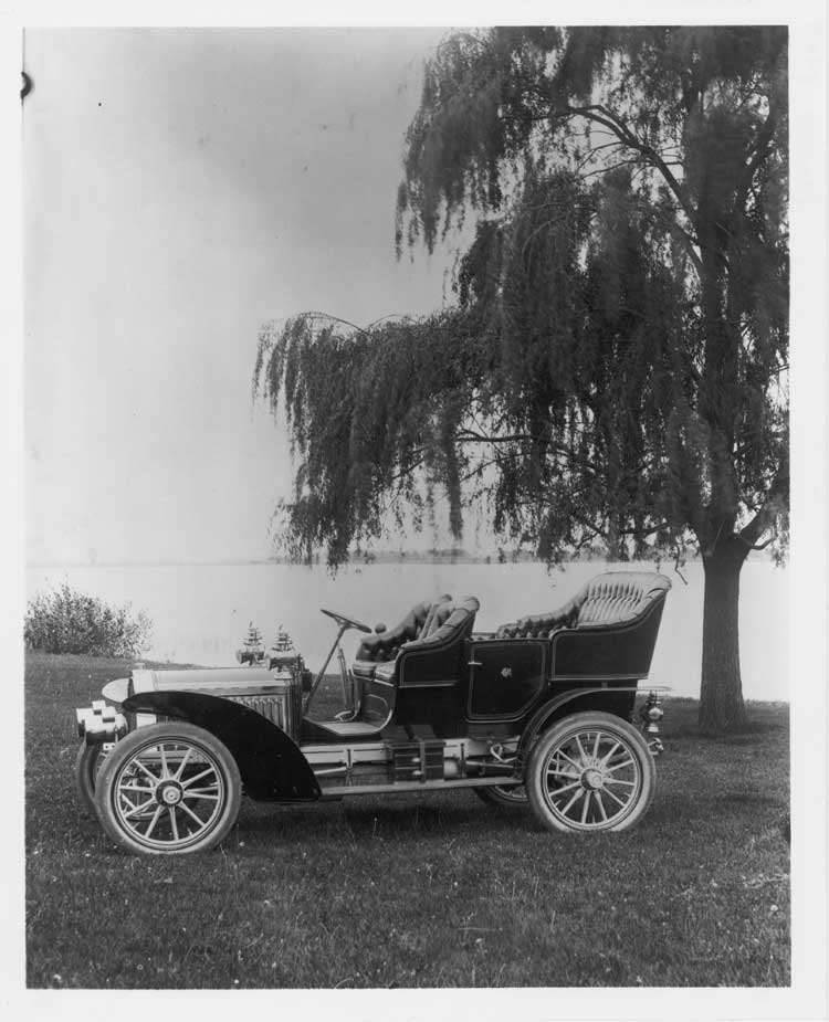 1905 Packard Model N touring car by water