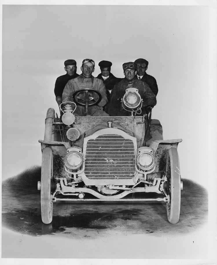 1905 Packard Model N touring car, front view with male occupants