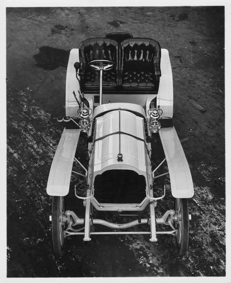 1906 Packard 24 Model S runabout, front top view