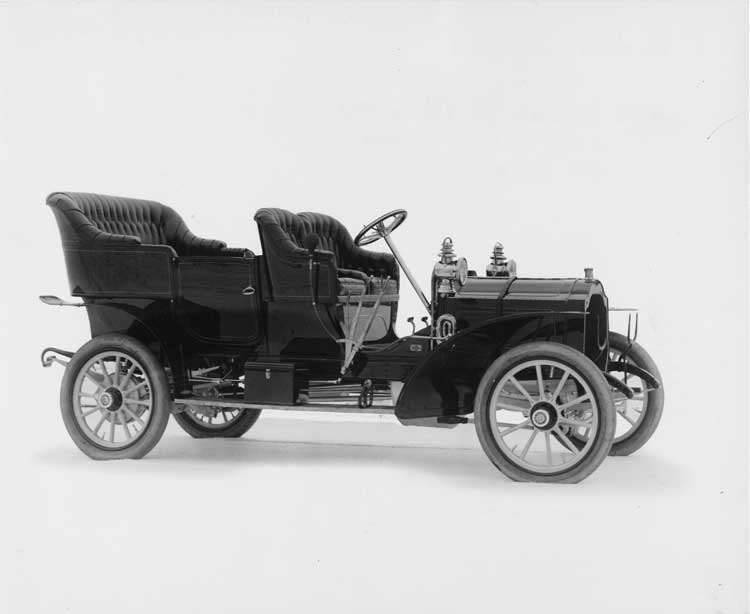 1906 Packard 24 Model S touring car, three-quarter front view
