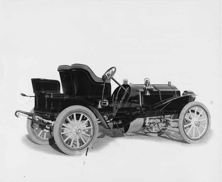 1906 Packard 24 Model S roadster, three-quarter rear view with seat covers