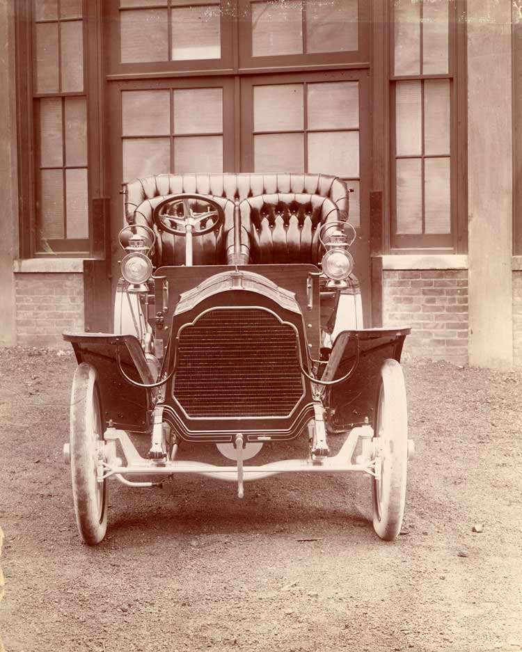 1907 Packard 30 Model U touring car, front view
