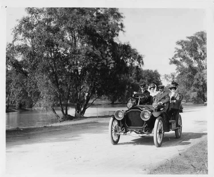 1909 Packard 30 Model UB on Belle Isle with male driver, and three passengers