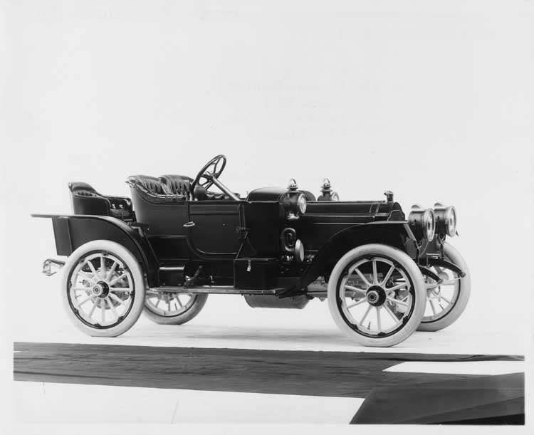 1911 Packard 18 Model NCS runabout, three-quarter front view, right side