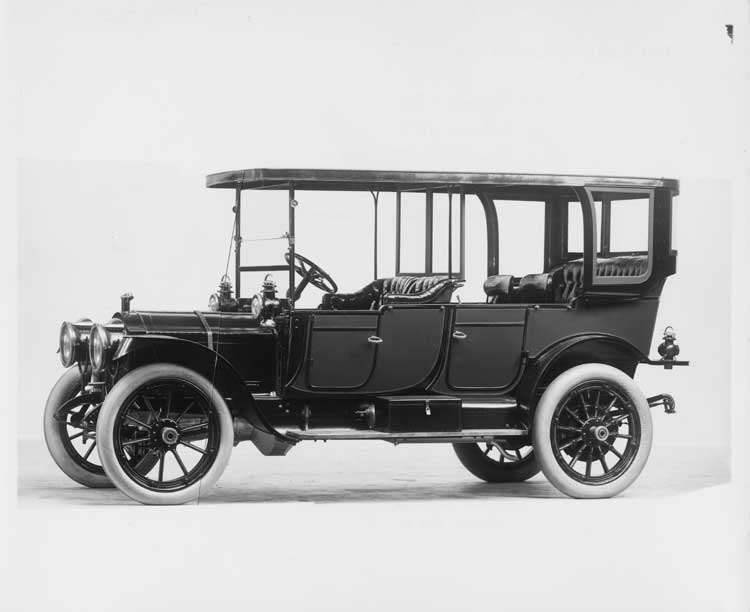 1912 Packard 30 Model UE touring car, five-sixth front view, left side