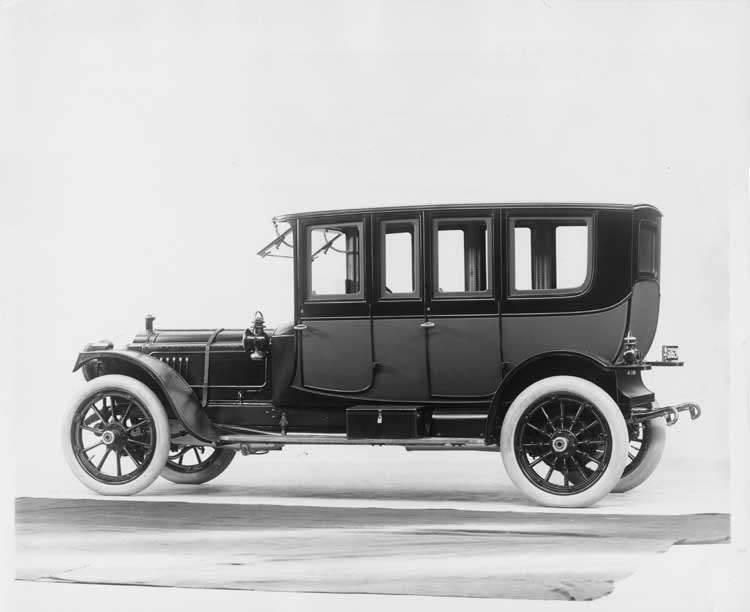 1912 Packard 6 single-compartment brougham, five-sixth rear view, left side