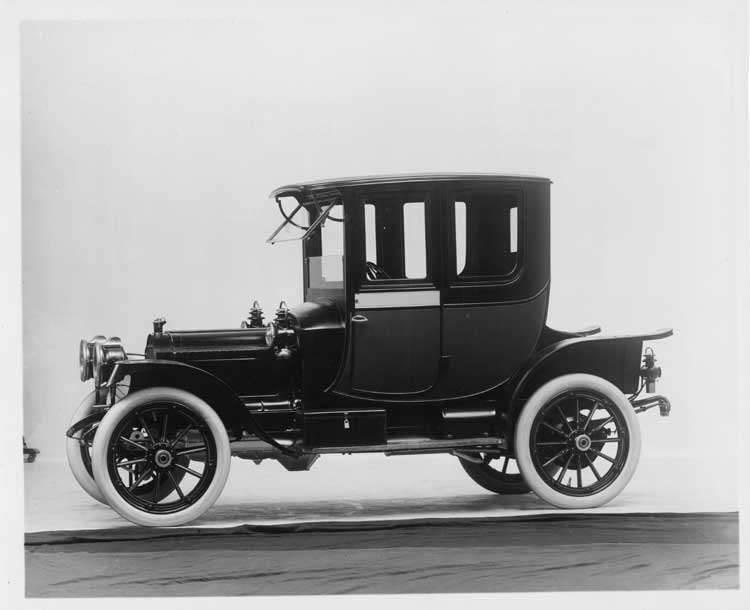 1912 Packard 18 Model NE coupe, left side