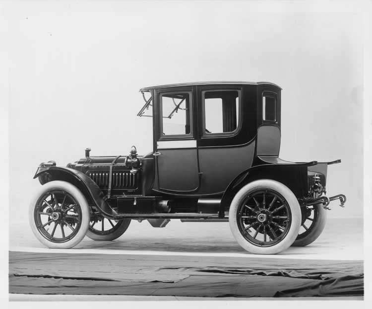 1912 Packard 30 Model UE coupe, three-quarter rear view, left side