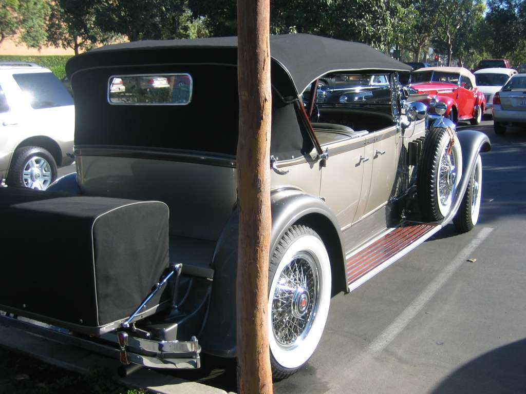 1930 Custom Eight Sport Phaeton 740 body 411 ?