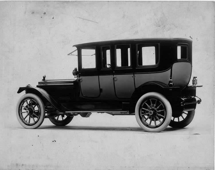 1913 Packard 48 two-toned brougham, seven-eighths rear view, right side