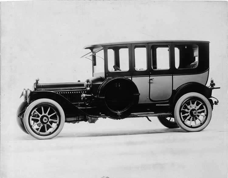 1913 Packard 48 two-toned salon brougham, nine-tenths front view, right side
