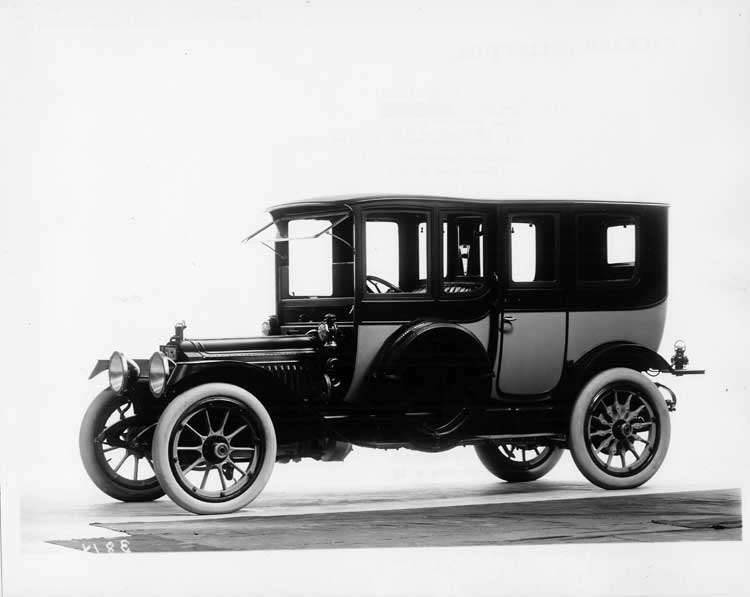 1913 Packard 38 two-toned imperial limousine, right side, with spare tires covered