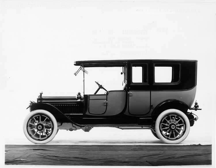 1913 Packard 48 two-toned limousine, left side