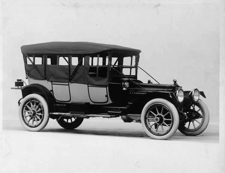 1913 Packard 48 two-toned phaeton, five-sixths front view, right side