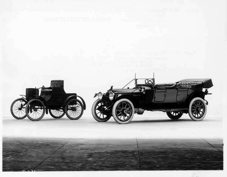 1913 Packard 48 phaeton with 1899 Packard Model A