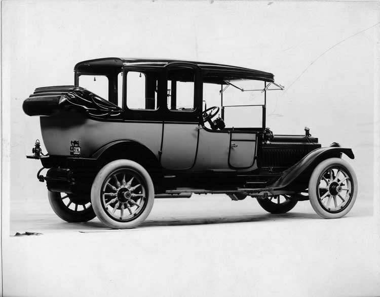 1914 Packard 48 landaulet, five-sixth rear view, right side, quarter folded