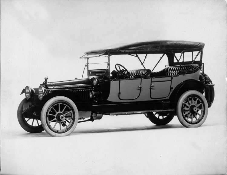 1914 Packard 2-38 two-toned phaeton, five-sixth front view, left side, top raised