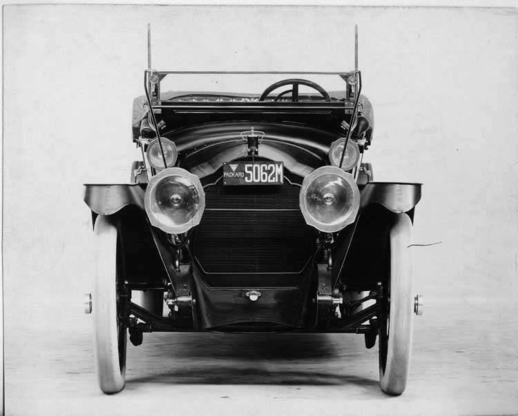 1914 Packard 2-38 touring car, close up front view, top folded