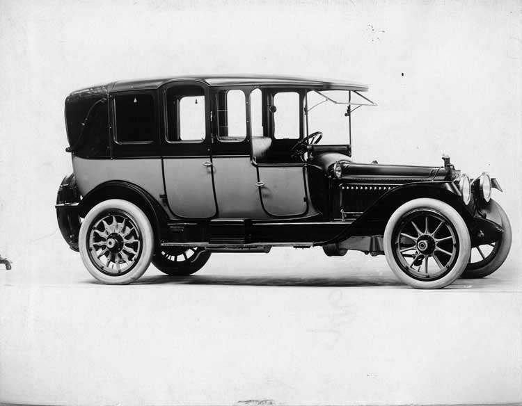 1914 Packard 2-38 cab-side two-toned landaulet, quarter closed, right side