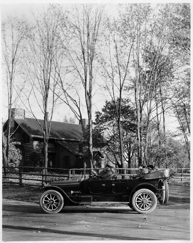 1916 Packard 1-35 touring car in Palmer Park