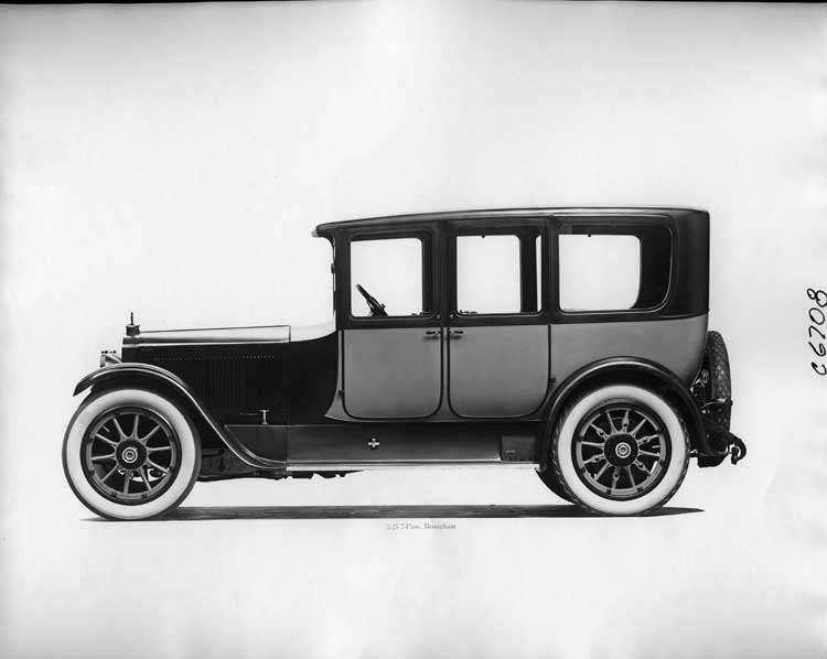 1918 Packard two-toned brougham, left side view