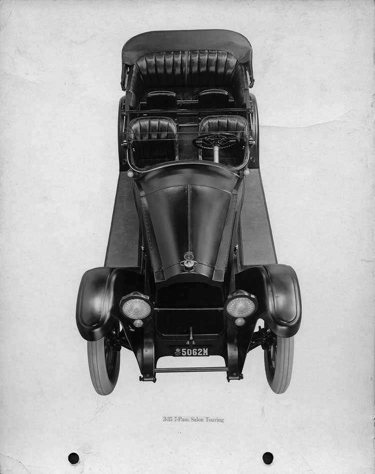 1918-1919 Packard salon touring car, elevated front view, top folded