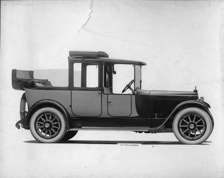 1918-1919 Packard two-toned landaulet, nine-tenths right front view, quarter collapsed