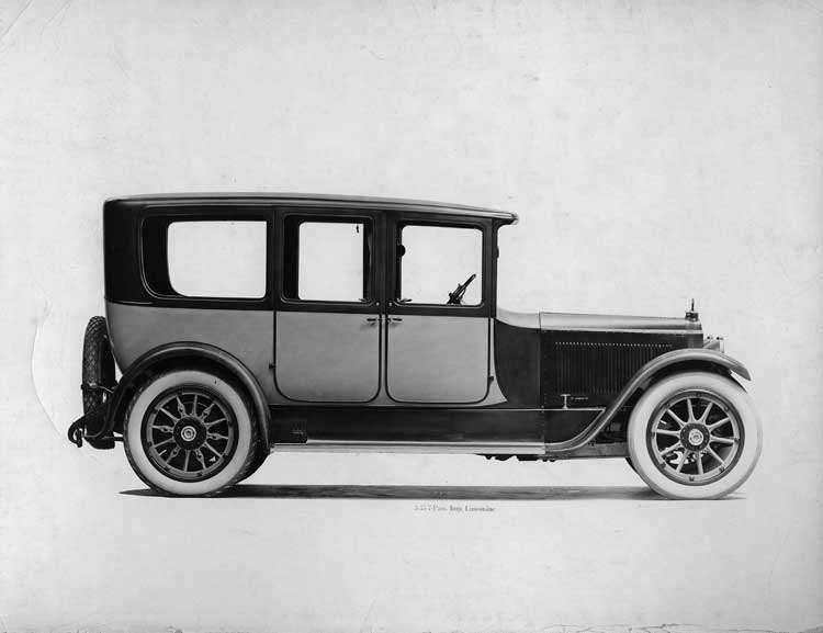 1918-1919 Packard two-toned imperial limousine, right elevation
