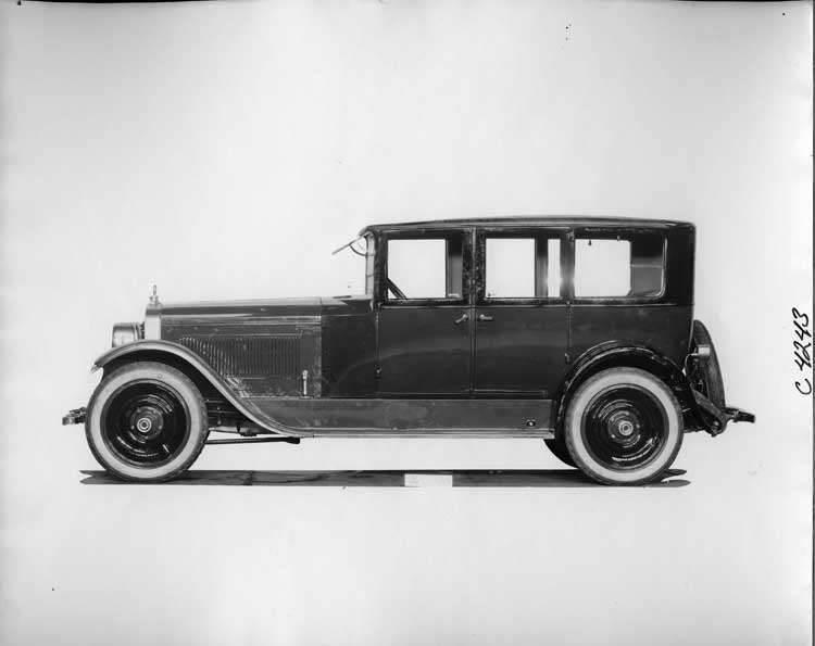 1923 Packard sedan, left side view