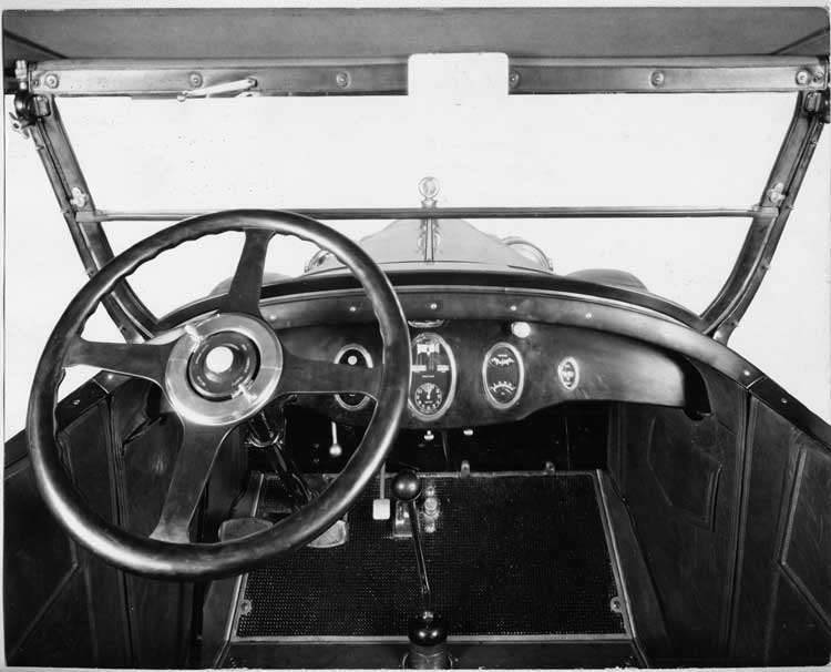 1924 Packard touring car, close up view of controls and steering wheel