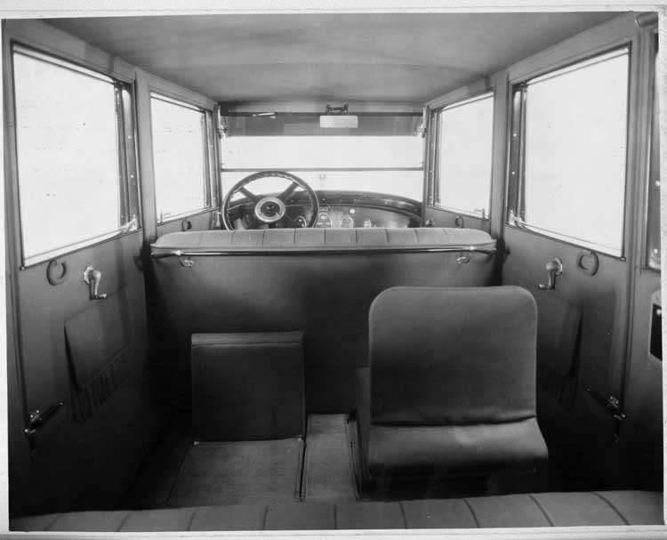 1924 Packard sedan interior from rear seat