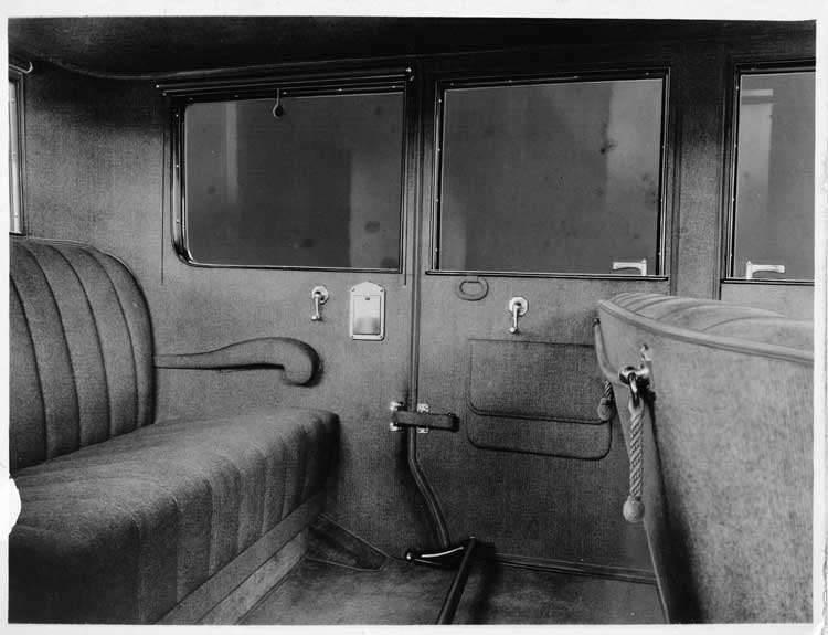 1924 Packard sedan, view of rear interior through left side door