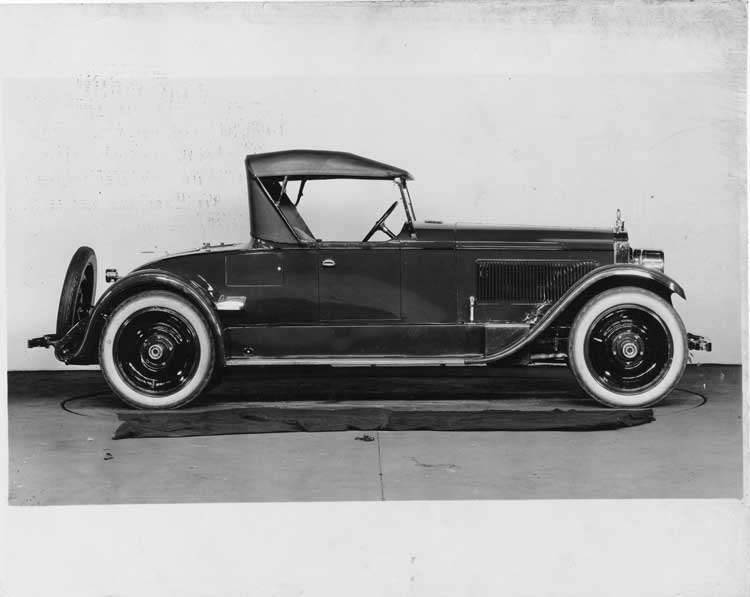 1924 Packard runabout, right side view, top raised