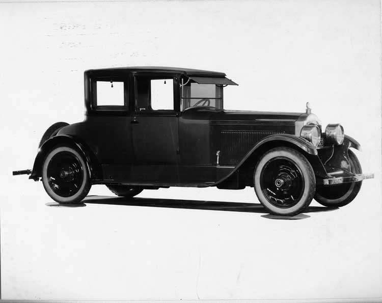 1924 Packard coupe, four-fifths right front view