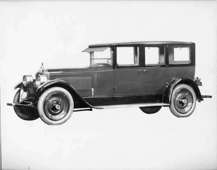 1924 Packard sedan, four-fifths left front view