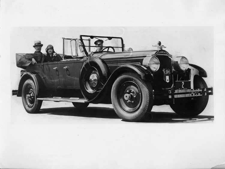 1925-1926 Packard touring car with New York governor Alfred E. Smith and wife