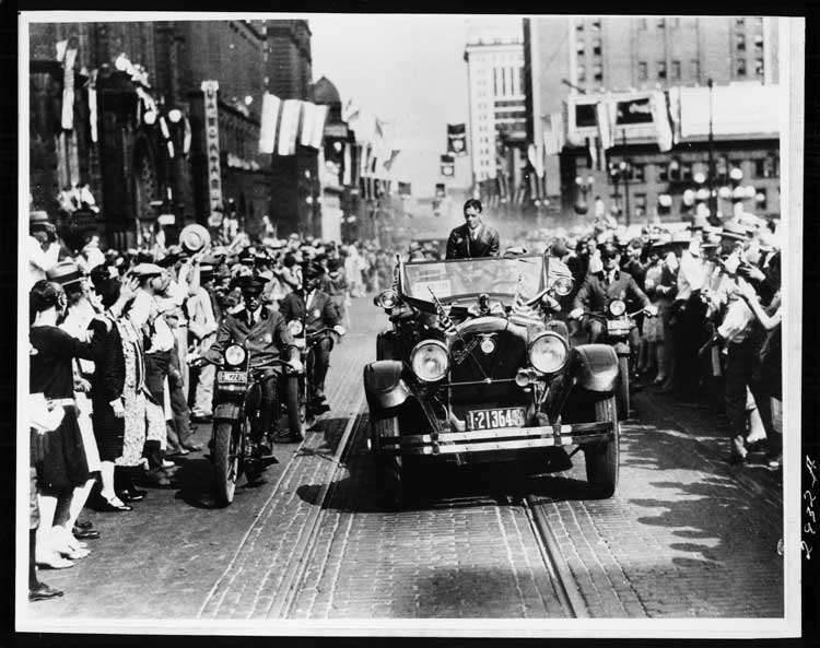 1925-1926 Packard touring car with Charles A. Lindbergh in Omaha, Neb. parade